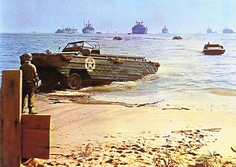 Army Dukw Landing In South Of France